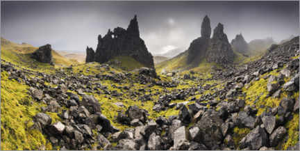 Gallery Print  The Old Man of Storr unter dunklen Wolken - The Wandering Soul