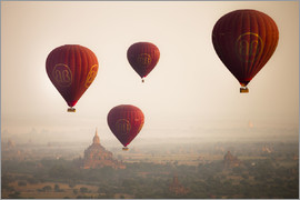 Harry Marx - Aerial view of Balloons over ancient temples (more than 2200 temples) of Bagan at sunrise in Myanmar
