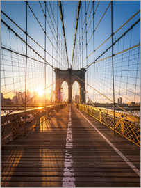Jan Christopher Becke - Brooklyn Bridge im Sonnenlicht in New York City, USA