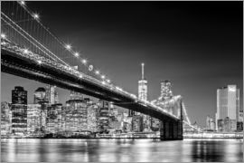 newfrontiers photography - Brooklyn Bridge und New York Skyline (monochrome)