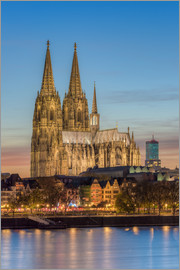 Michael Valjak - The Cologne Cathedral in the evening
