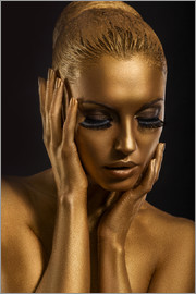 Fantastisches Gold-Make Up
