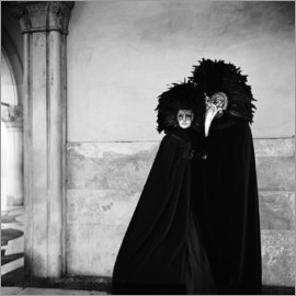 Millennium Images - Costumes and masks