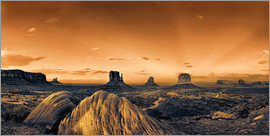 Michael Rucker - Leuchtendes Monument  Valley
