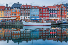 Scott McQuaide - Nyhavn reflected