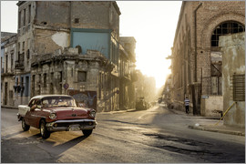 Novarc - Vintage car on the streets of Havana