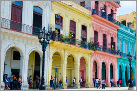 Bill Bachmann - Pastel-colored building in Havana