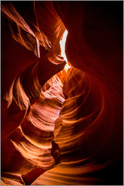Laura Grier - Sandstone sculpted walls, Upper Antelope Canyon