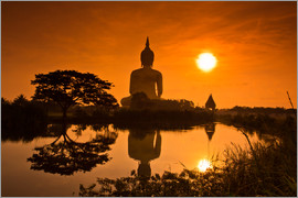 Shinto statue in sunset