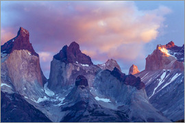 Cathy & Gordon Illg - South America, Chile, Patagonia, Torres del Paine National Park. The Horns mountains at sunrise.