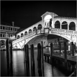 Melanie Viola - VENICE Rialto Bridge at Night