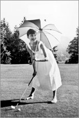 Premium-Poster  Audrey Hepburn beim Golf - Celebrity Collection