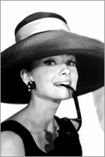 Premium-Poster  Audrey Hepburn im Sommeroutfit - Celebrity Collection