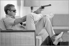 Holzbild  Steve McQueen mit Revolver - Celebrity Collection