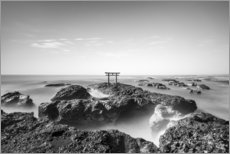 Leinwandbild  Torii am Meer - Jan Christopher Becke
