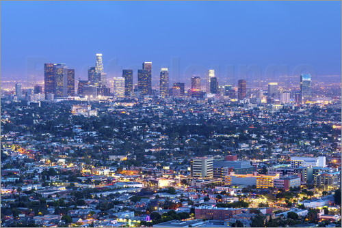 Chris Hepburn - Cityscape of the Los Angeles skyline at dusk, Los Angeles, California, United States of America, Nor