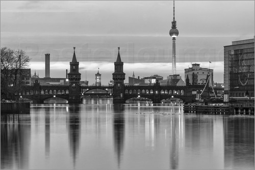 filtergrafia oberbaumbr cke berlin skyline poster online bestellen posterlounge. Black Bedroom Furniture Sets. Home Design Ideas