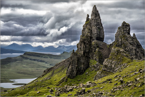 walter quirtmair old man of storr isle of skye schottland poster online bestellen posterlounge. Black Bedroom Furniture Sets. Home Design Ideas
