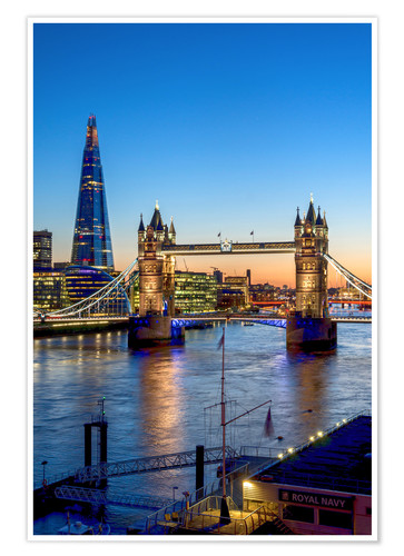 Premium-Poster Die Tower Bridge in der Abenddämmerung