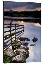 Alubild  Loughrigg Tarn in England - Jeremy Lightfoot