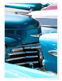 Premium-Poster Vintage American cars parked on a street in Havana Centro, Havana, Cuba, West Indies, Central Americ