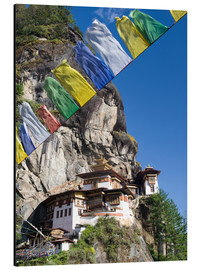 Alubild  Taktshang Goemba (Tiger's Nest Monastery) and prayer flags, Paro Valley, Bhutan, Asia - Lee Frost
