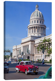 Leinwandbild  Traditonal old American cars passing the Capitolio building, Havana, Cuba - Martin Child