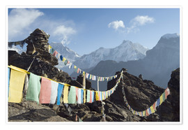 Premium-Poster  Prayer flags, view from Gokyo Ri - Christian Kober