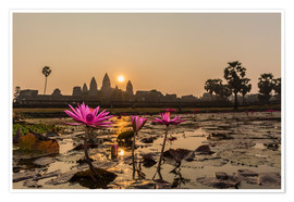 Premium-Poster  Sunrise over the west entrance to Angkor Wat, Angkor, UNESCO World Heritage Site, Siem Reap, Cambodi - Michael Nolan
