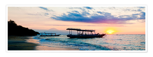 Premium-Poster Mount Agung on Bali and fishing boats silhouetted against a sunset, Gili Trawangan, Gili Isles, Indo