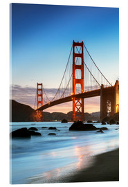 Acrylglas  Golden Gate Bridge in der Dämmerung von Baker Beach, San Francisco, Kalifornien, USA - Matteo Colombo