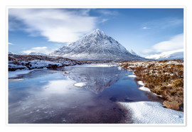 Premium-Poster  Buachaille Etive Mor and River Coupall, Glen Coe (Glencoe), Highland region, Scotland, United Kingdo - Karen Deakin