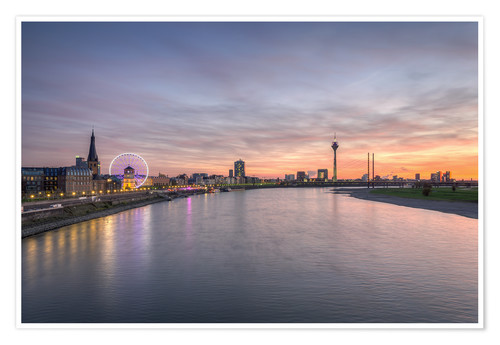 michael valjak d sseldorf skyline poster online bestellen posterlounge. Black Bedroom Furniture Sets. Home Design Ideas